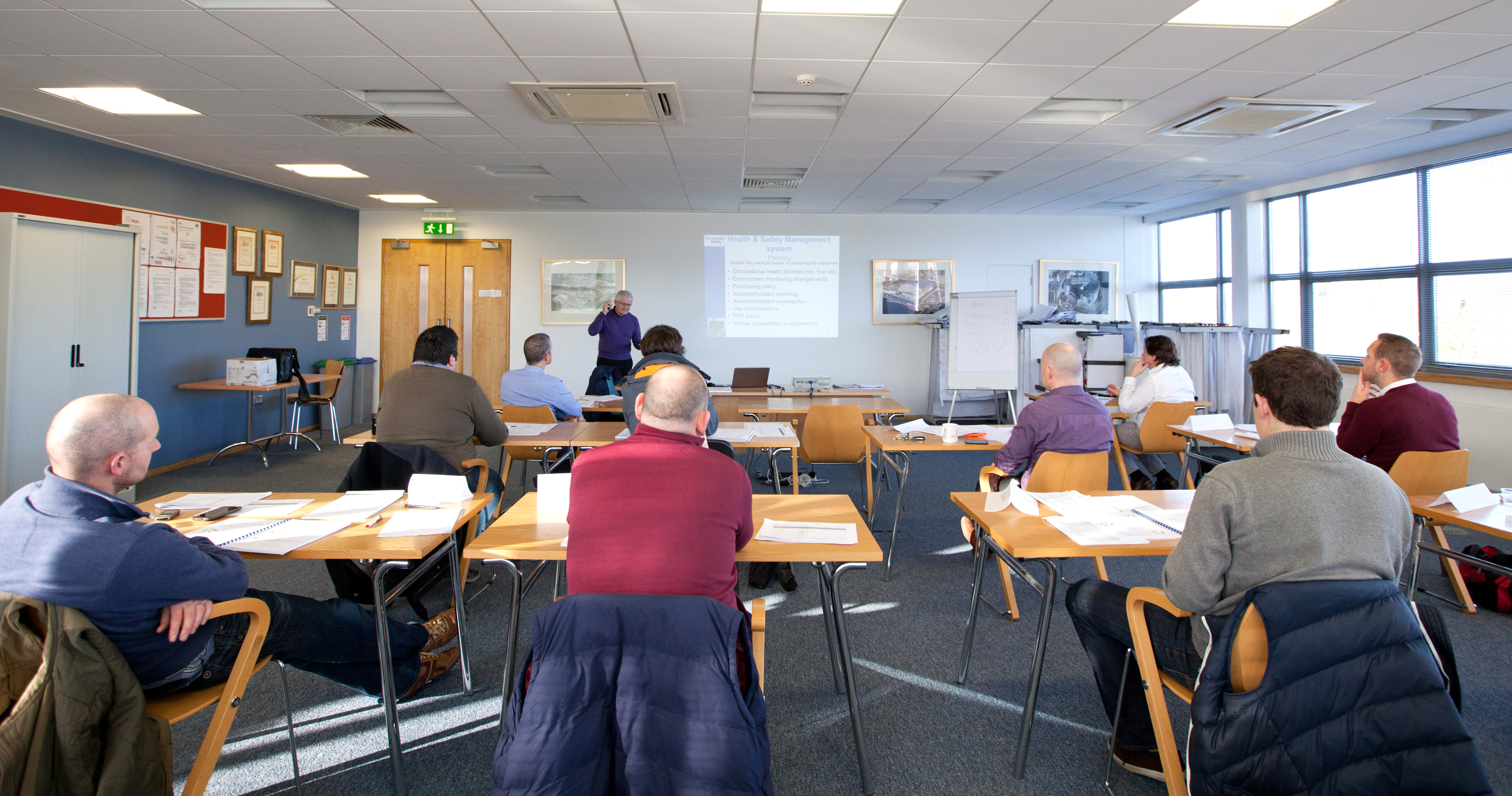 managing safely Iosh managing safely is a flexible course that is ideal for getting managers up-to-speed on the skills they need to tackle safety and health issues in the workplace.
